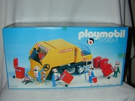 KLICKY 1978 PLAYMOBIL First Issue GARBAGE COLLE... - $199.00
