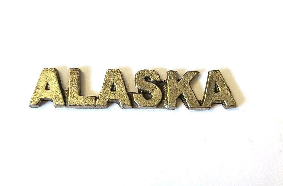 Alaska Word Fine Pewter Plage Tag Diy  - Approx. 1 3/8 Inches Long (T195)