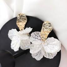 Korean White Shell Flower Petal Drop Earrings For Women 2019 New Stateme... - $16.55