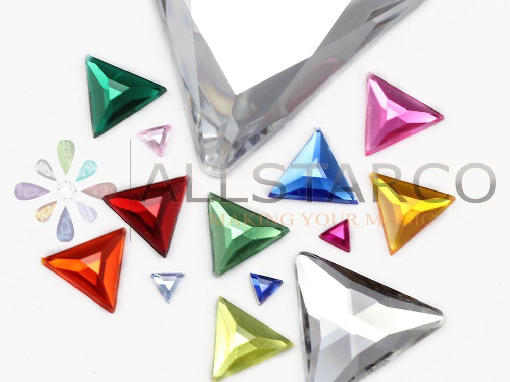 13mm Pink Fuchsia .MAR09 Flat Back Triangle Acrylic Gemstones - 50 Pieces