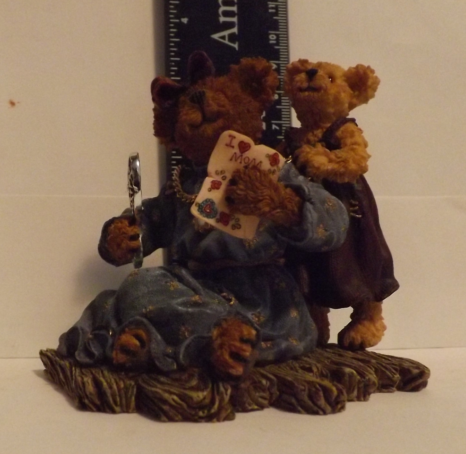 Boyds Bear Resin Karen Everymom with Jewel...One of a Kind