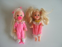 2 BABY SISTER OF BARBIE KELLY DOLLS  MATTEL IN ADORABLE ROSE & PINK OUTFITS - $12.60