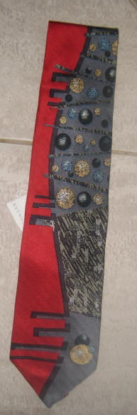 Brand New Men's Silk Tie - With Balls!!!  WOW!