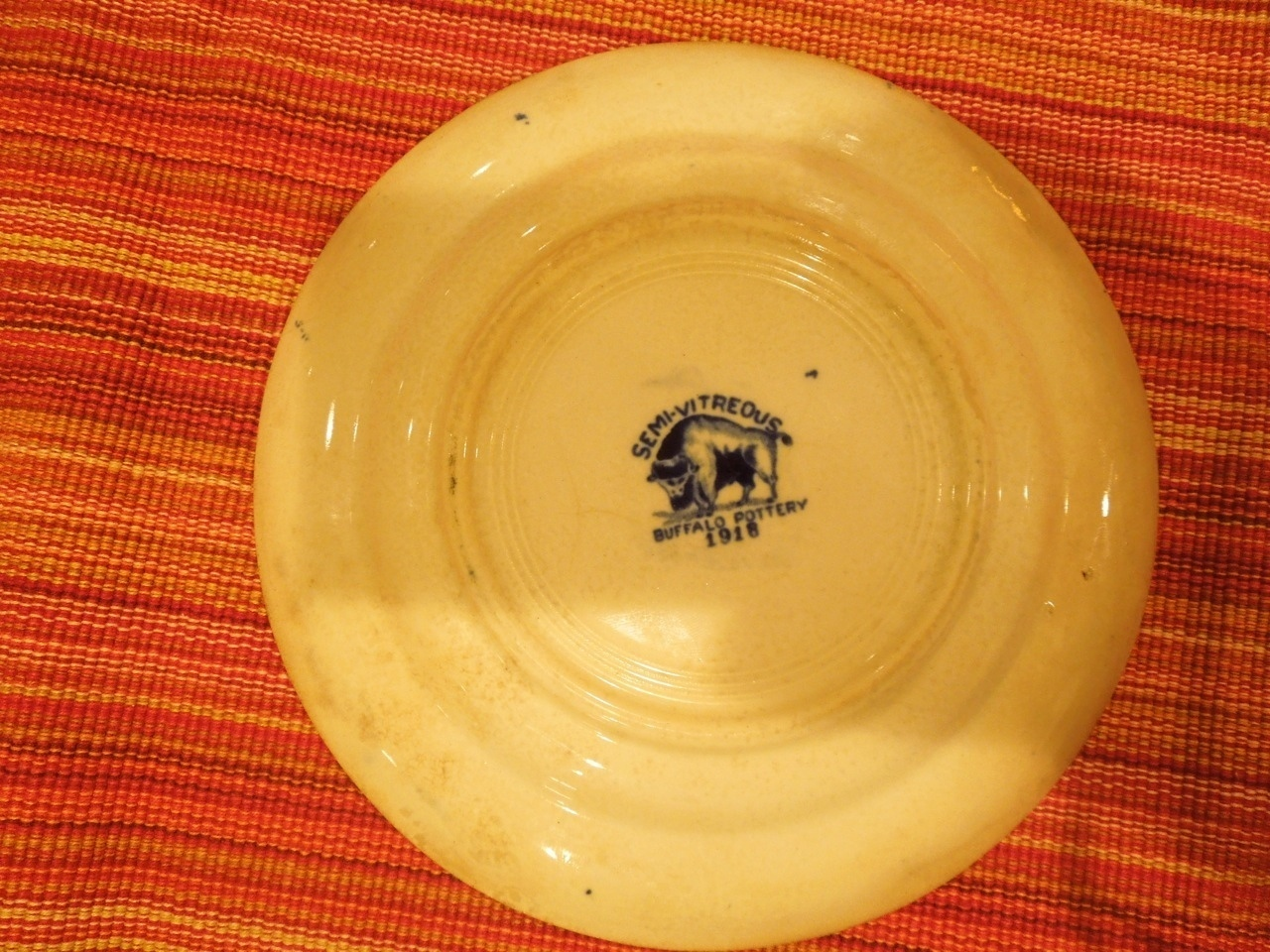 Buffalo Pottery BLUE WILLOW Bread Plate #1908 923227