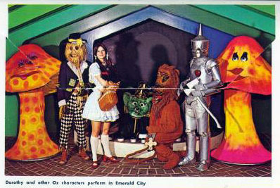 WIZARD OF OZ LAND OF OZ  Beech Mountain NC 12 Postcards