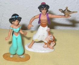2 VHS Movies: Disney Aladdin 1 & 2, + 2 Collectible Plastic Action Figures, Used - $6.11
