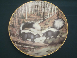 STRIPED SKUNK Collector Plate PETER BARRATT March THE WOODLAND YEAR Fran... - $28.00