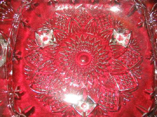 NIB Crystal Serving Dish RelishTray w/Handles & Feet