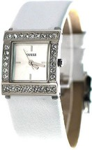 Guess ladys White Leather U75023L1 USA-TAG  - $89.00