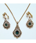 1976 Avon Versailles Pendant Necklace Earrings Set Emerald Green Rhinestone - $39.00