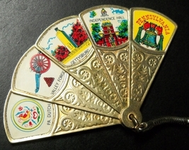 Pennsylvania Key Chain Five Image Folding Fan Metal State Landmarks Hong Kong - $12.99