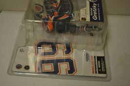2005 McFarlane NHL Legends Series 2 Wayne Gretzky #99 Edmonton Oilers Figure image 6