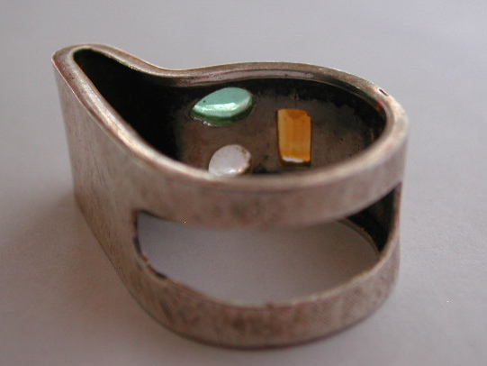 Modernist Ring METAL Faceted Stone
