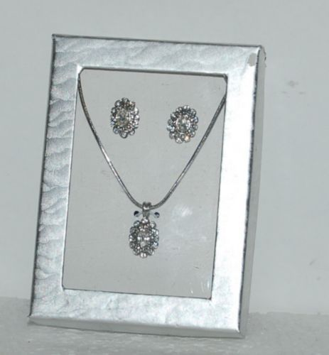 Generic Silver Colored Oblong Rhinestone Studded Pierced Earrings Necklace Set