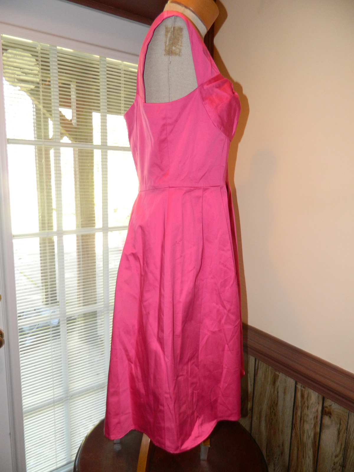 Calvin Klein size 12 Pink Sleeveless Dress Polyester / Spandex New without tags