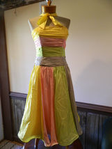 Betsey Johnson size 6 Formal Prom Pageant cruise dress NWT 372.00 - $1.912,11 MXN