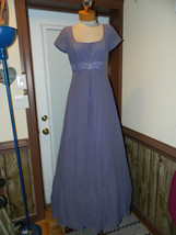 Mori Lee  size 10 Bridesmaid Modest formal Prom Cruise Boutique Sample - $39.99