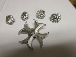 Costume Jewelry ,Vintage , TRIFARI , 5 Piece Lot , Pin , Earrings - $49.50