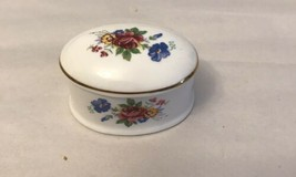 Vintage Royal Grafton Fine Bone China Oval Trinket / Ring Box - $9.90