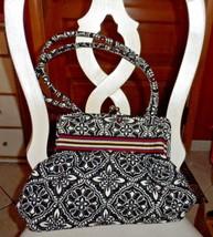 Vera Bradley Alice handbag in Barcelona pattern - $29.50