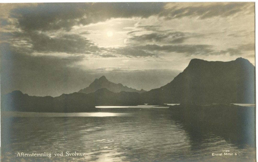 Norway, Aftenstemning ved Svolvær/Svolvaer, early 1900s Real Photo Postcard