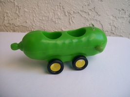 Pickle Car Toy Richard Scarry 1977 Puzzletown - $39.95