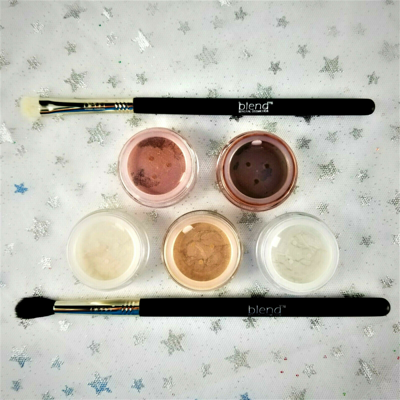 Primary image for Blend Mineral Cosmetics Natural Eyes 7-Pc Set of 5 Shimmers & 2 Brushes - NEW