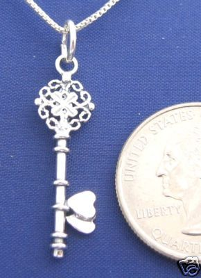 KEY with Hearts 16 Inch Necklace Pendant 925 Silver N38.G