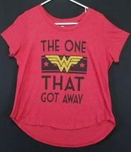 DC Comics Women's Size Large Red Short Sleeve High-Low Wonder Women T-Shirt - $17.59