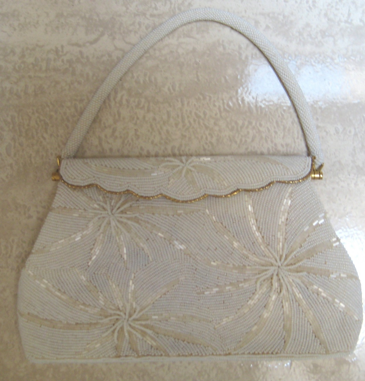 VINTAGE HAND BEADED EVENING BAG / BRIDAL BAG- EXC COND.