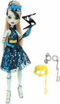Monster High Dance The Fright Away Transforming Frankie Stein Doll - $17.41