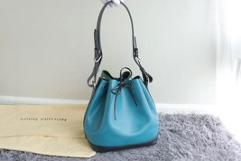 100% Authentic Louis Vuitton Epi Noe BB Bucket Bag Bi Color Blue