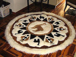 Round alpaca fur motive carpet from the Andean of Peru, 170 cm Diameter - $589.70