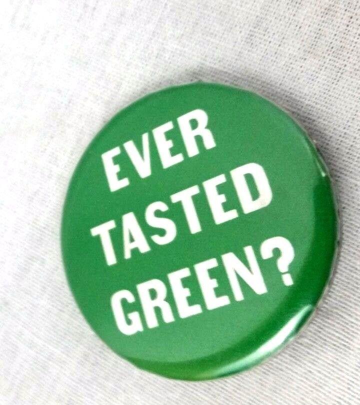 Starbucks Promo Employee Button Apron Pin 2006 Green Tea Frappuccino Launch