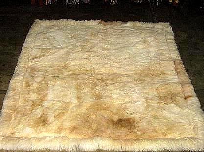 Soft baby alpaca fur carpet, natural white, 80 x 60 cm/ 2'62 x 1'97 ft
