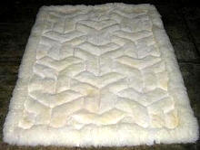 White alpaca fur rug,V design throw, 80 x 60 cm