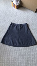 Tahari Wool 100% Women's  A-line Skirt Thick And Warm Size M - $14.85