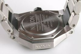Nixon A397-000 Il Tangente Nero e Argento Tono Acciaio Inox Orologio da Uomo image 8