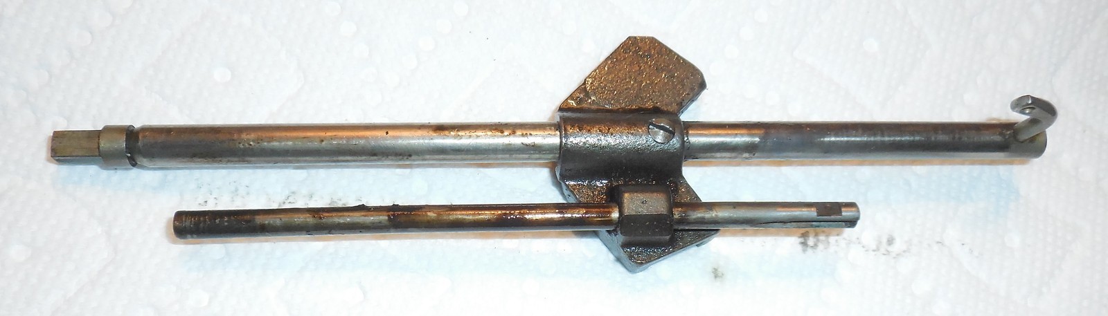 New Home Greyhound Model 30 VS Needle Bar w/Thread Guide, Actuator Bar & Guide - $15.00