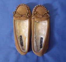 Girls American Eagle Outfitters New Leather Fur Lined Slippers Size 5 - $12.95