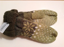 Fun Snowflake snow knit mittens w faux fur cuff Nordic winter Howard's - $14.99