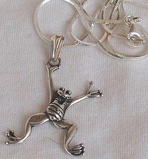 Happy frog silver pendant