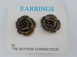 The Button Collection Flower Shaped Earrings Vintage Look Fashion Jewelry Post - $29.99