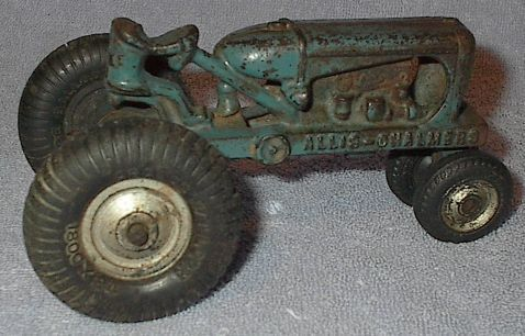 Old Vintage Arcade Cast Iron Allis Chalmers Toy Farm Tractor