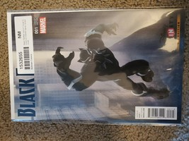 BLACK PANTHER #1 FIRST PRINT DISNEY INFINITY VARIANT MARVEL COMICS (2016) - $2.00