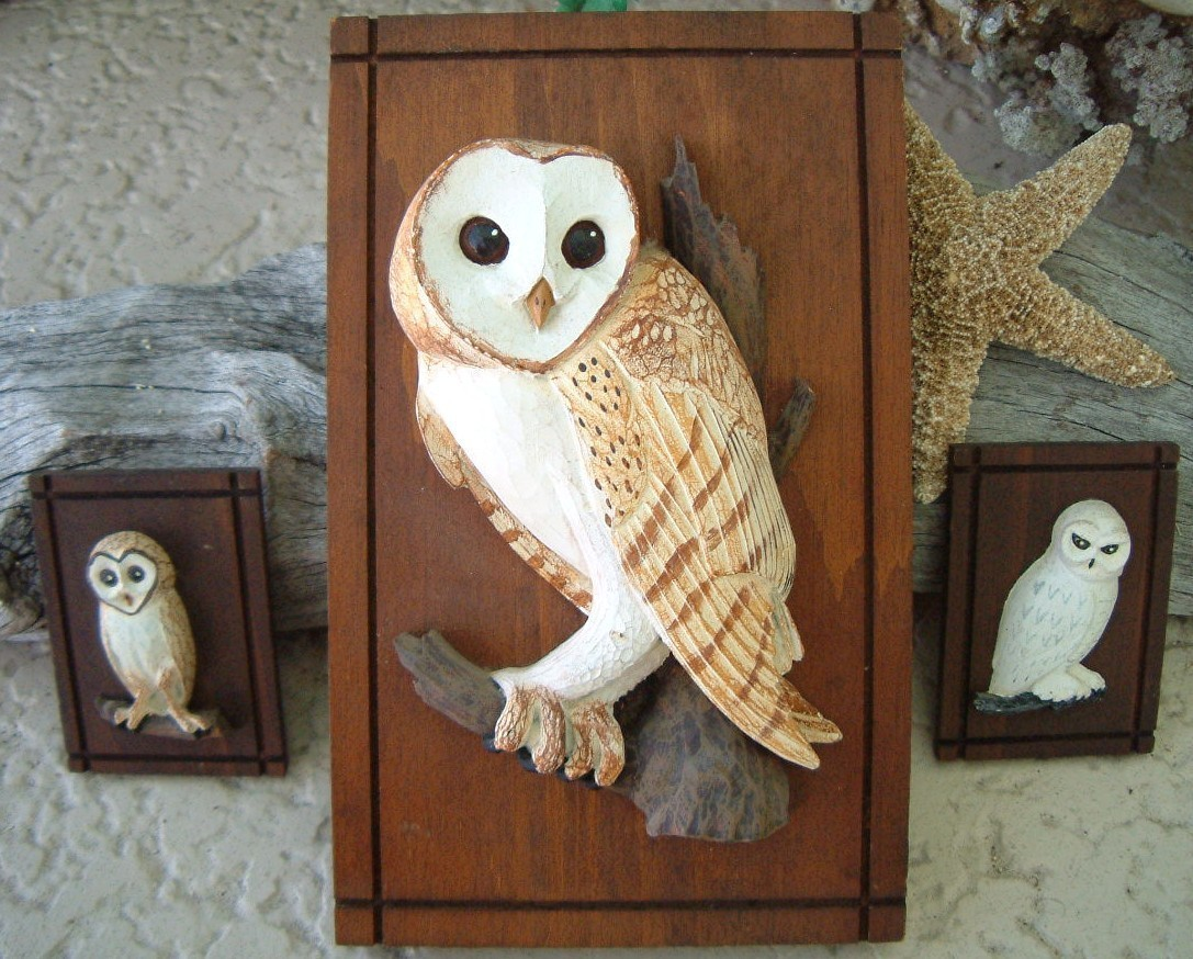 Vintage barn owl wall plaques rustic wood carved hanging owls - Rustic wall plaques ...