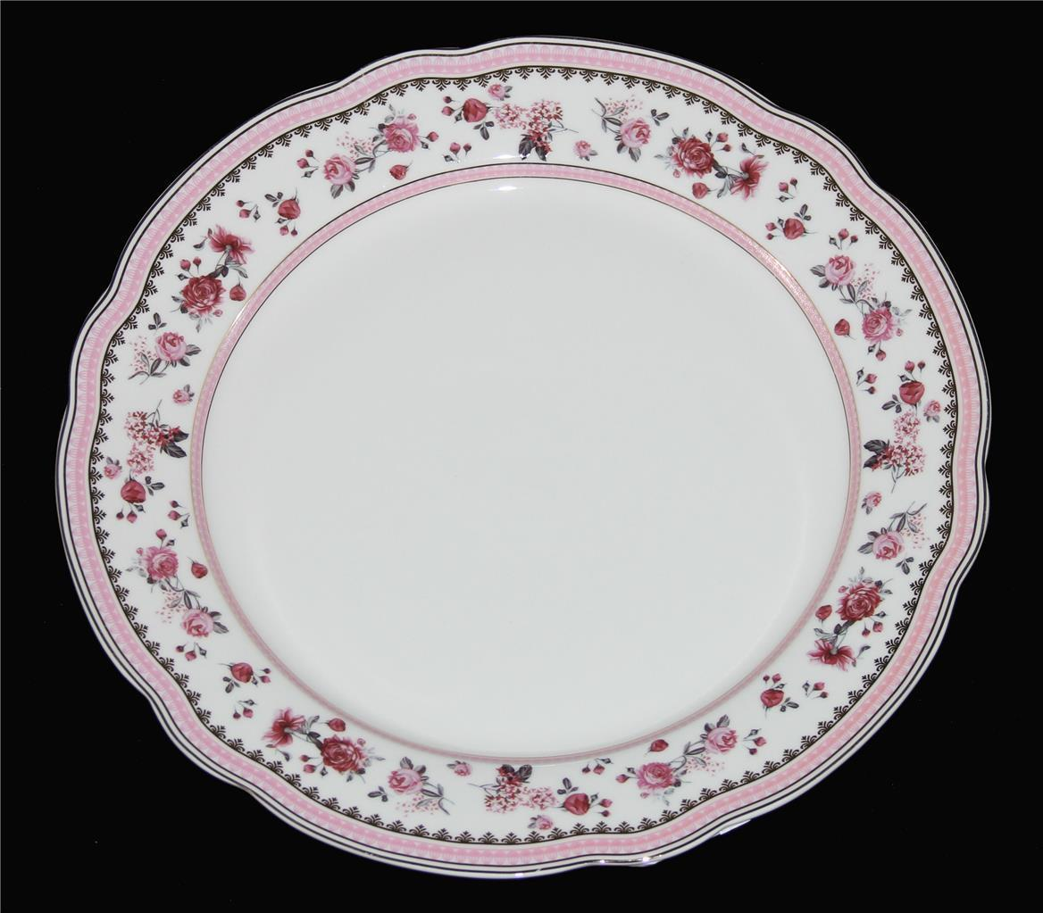 4 Beautiful Grace's Teaware Pink Roses Gold Accents Scalloped Dinner Plates NEW