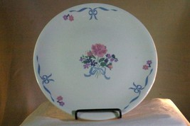 Tabletops Unlimited Floral Bouquet And Bow Dinner Plate - $4.84
