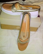 Clarks Artisan Cliffrose Enza Women's Loafers Size 6M, White, Tan with Gold Trim - $32.00