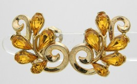 VTG CROWN TRIFARI Gold Tone Topaz Rhinestone Leaf Clip Earrings - $39.60